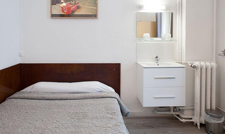 chambre chez l habitant lyon pas cher beautiful louer appartement amsterdam guestroom simple. Black Bedroom Furniture Sets. Home Design Ideas